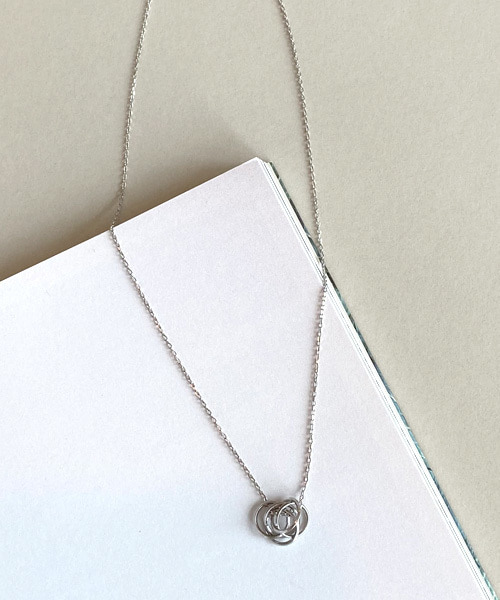 modern necklace (silver 92.5)