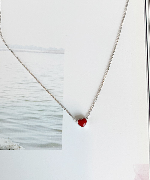 red heart necklace (silver 92.5)